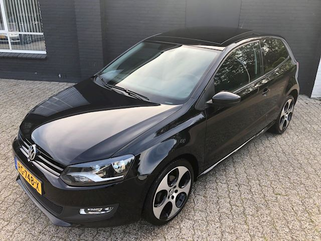 Volkswagen Polo 1.2 TSI Comfortline Panoramadak/Apple Car Play/GTI 17 Inch/Airco/USB/AUX/Bluetooth/Apk 11-2019
