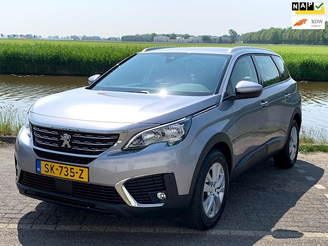 Peugeot 5008 1.2 PureTech Blue Lease Executive 7 zits