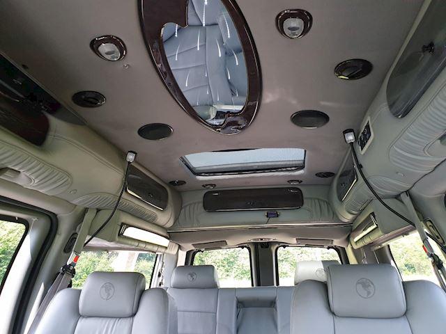 Chevrolet USA Chevy Van /GMC Explorrer RR/SE 2011 op GRIJS  kenteken  5.3 LPG G3 NU VOOR >>>