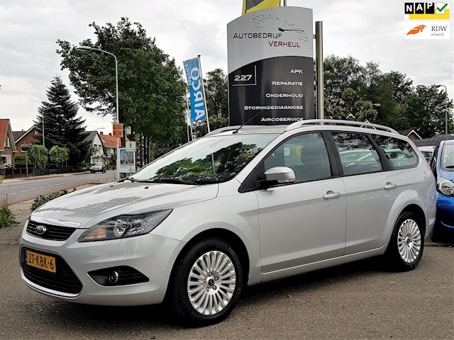 Ford Focus Wagon 1.8 Limited Navi Clima Cruise Trekhaak Parkeersensor Dealerauto Nap