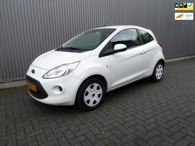 Ford Ka 1.2 Comfort start/stop /Airco/Audio/Dealer onderhouden.