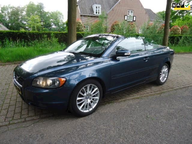 Volvo C70 Convertible 2.4i Momentum Perfect Dealer onderhouden !!!