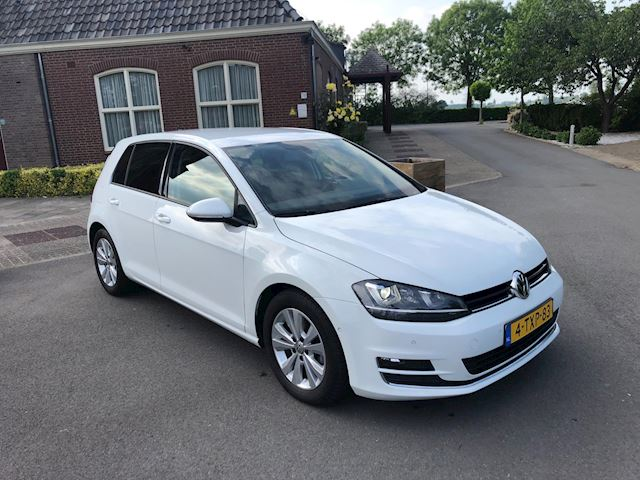Volkswagen Golf 1.6 TDI Edition BlueMotion GROOT NAVI/LED-XENON/PARK ASSIST