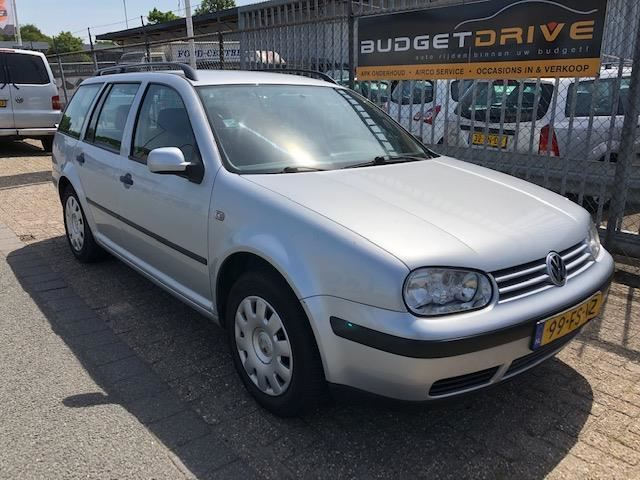 Volkswagen Golf Variant occasion - Budget Drive