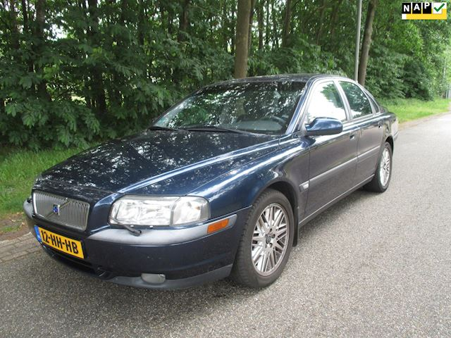 Volvo S80 2.4T ,airco, cruise control
