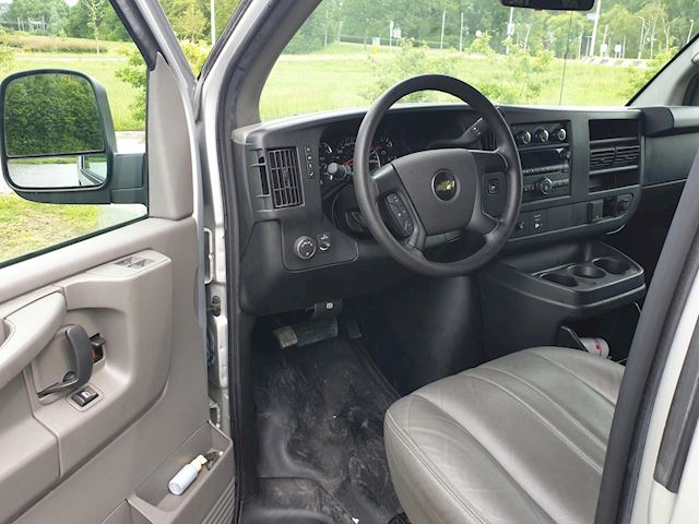 Chevrolet  Chevy van 2011 6.0 350 PK met GARANTIE en een nieuwe LPG G3 , NU voor.... !!!!!