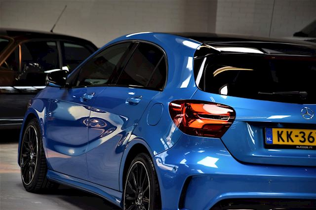 Mercedes-Benz A-klasse 180d *AMG* Night Edition plus Navi|Half/ leder|Facelift|Org.NL|2e Eig.