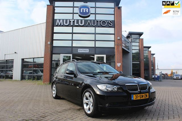 BMW 3-serie Touring 318d Introduction Airco,Navi,NAP,PDC,incl.APK