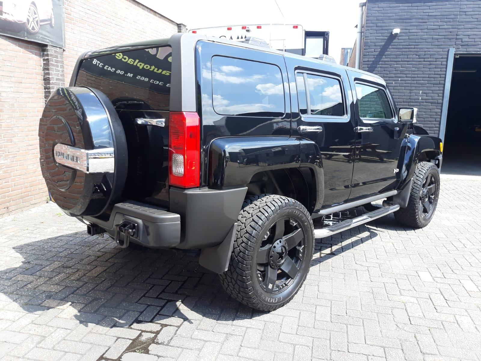 Hummer H3 occasion - Autoplace Ede