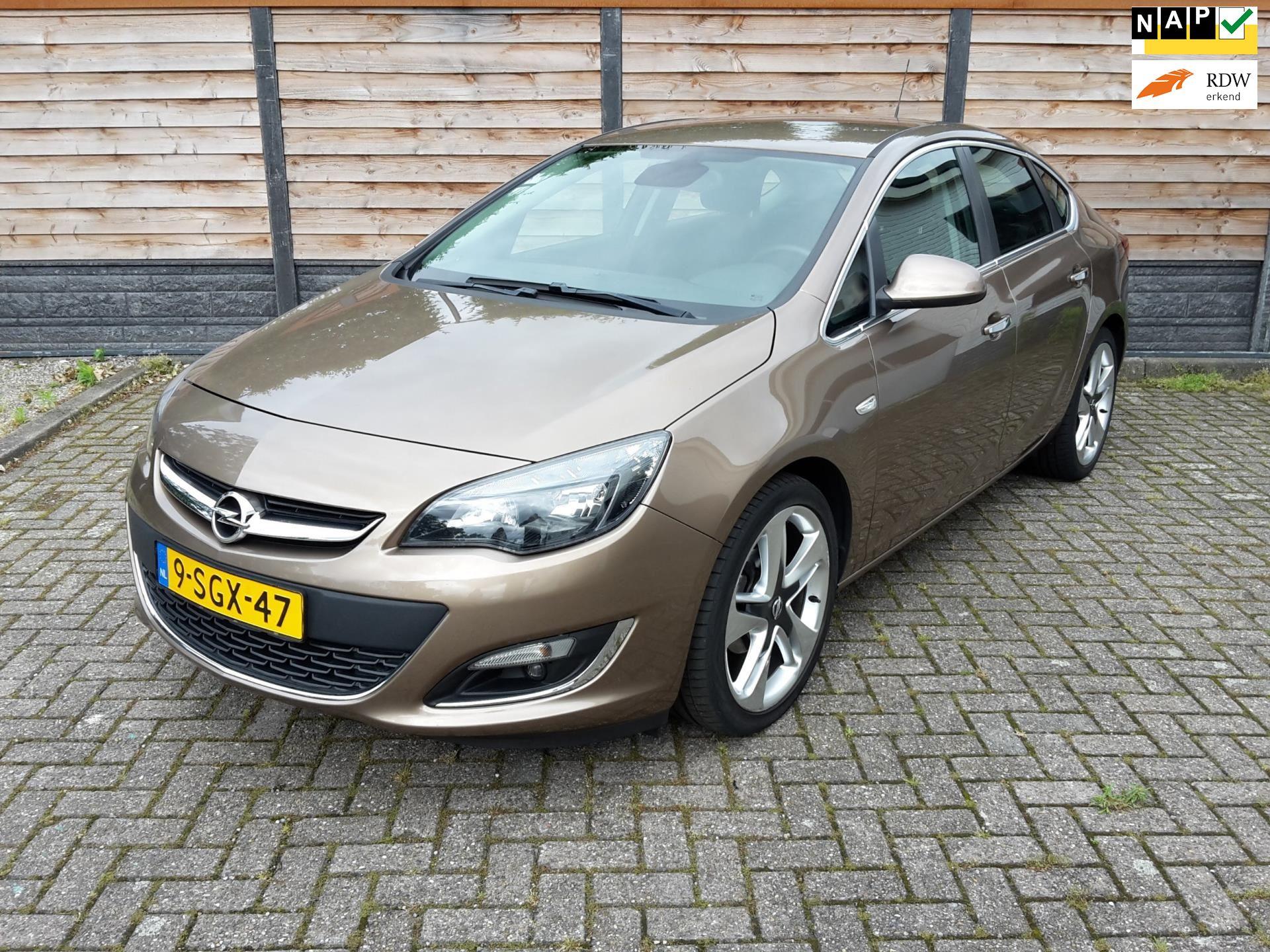 Opel Astra occasion - Autocoro