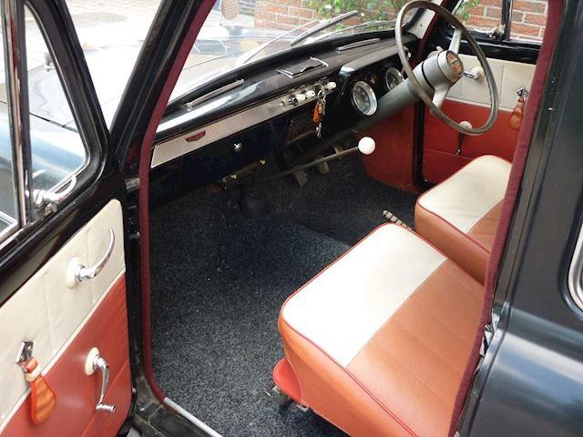 Ford Prefect 100E 4 deurs 1958