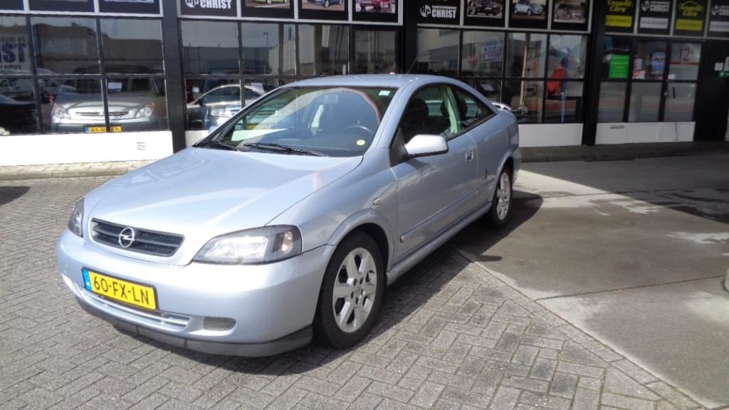 Opel Astra Coupé occasion - Handelsonderneming Christ