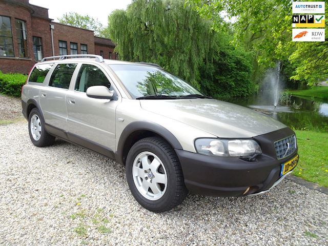 Volvo V70 Cross Country 2.4 T Comfort Line YOUNGTIMER auto/LEER/airco/CRUISE