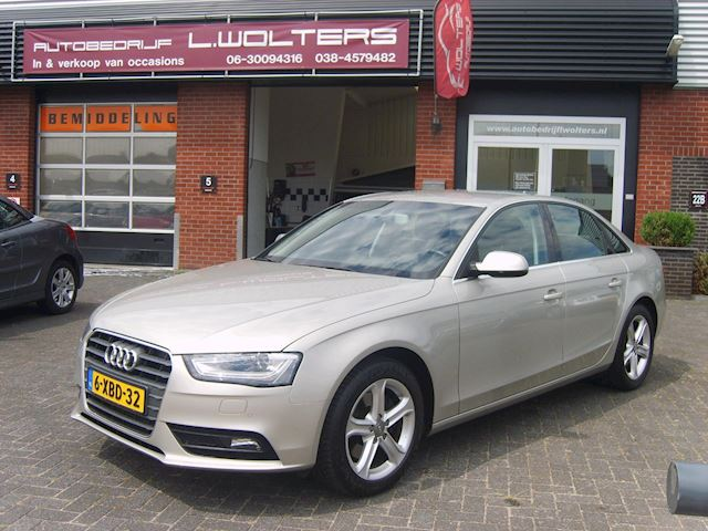 Audi A4 1.8 TFSI Business Edition airco navi xenon 2xPDC LED cruis