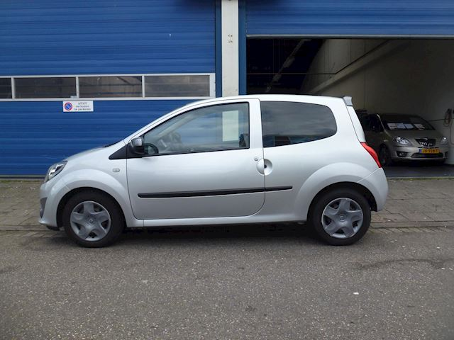 Renault Twingo 1.5 dCi Collection Apk/Airco/Cruise/Nap/Cd/Boekjes/Trekhaak/Elektrisch/Centraal