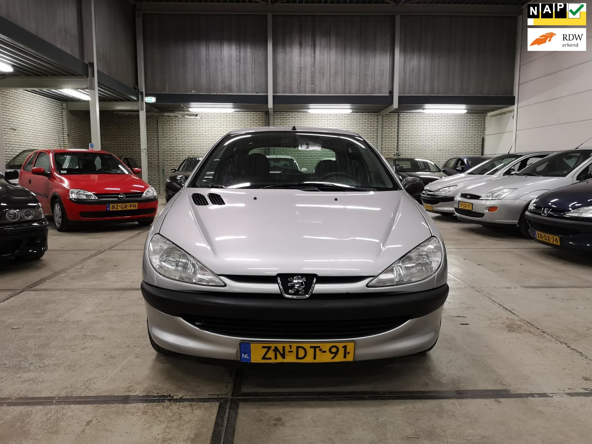 Peugeot 206 occasion - Chef Cars