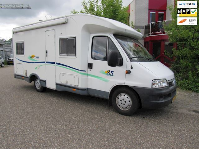Chausson Welcome 85 semi integraal mod 2003 2.8 Jtd