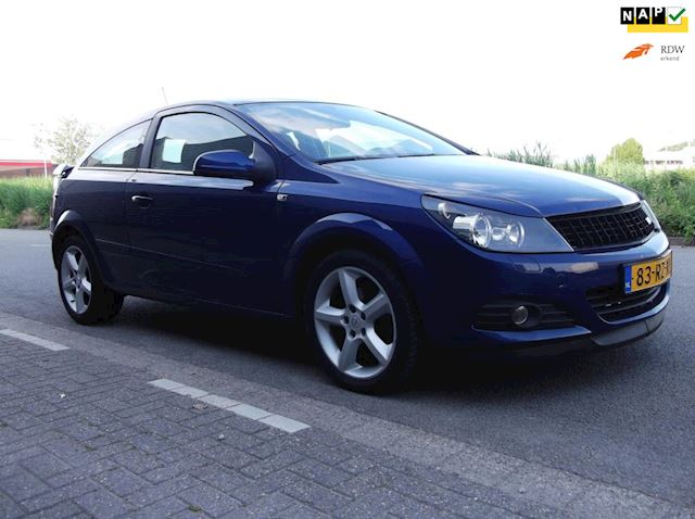 Opel Astra GTC 1.8 Cosmo