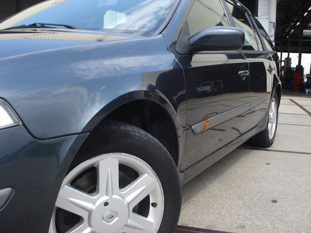 Renault Laguna Grand Tour 1.8-16V Expression AIRCO GOEDE STAAT