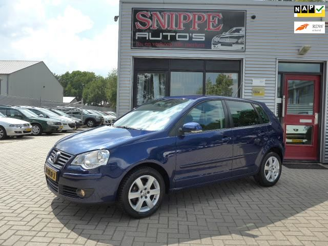Volkswagen Polo 1.2-12V Comfortline Blue Edition -5DRS-AIRCO-CRUISE-PRIVACYGLASS-