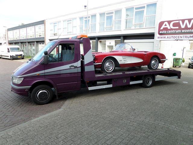 Mercedes-Benz 412 D Oprijwagen