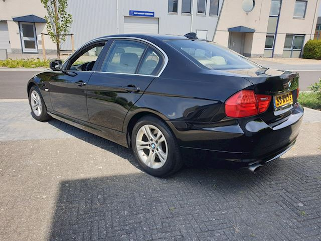 BMW 3-serie 318i Corporate Lease Luxury Line Leder Navigatie Xenon