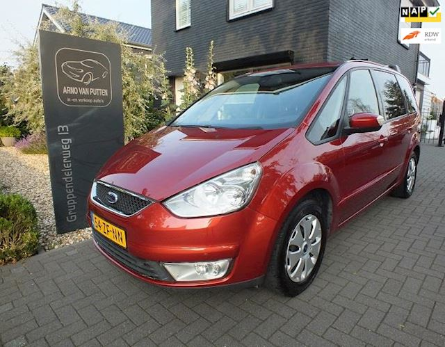 Ford Galaxy 2.0-16V Trend 7 - Persoons