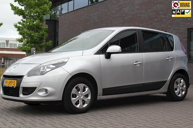 Renault Scénic 1.6 Expression