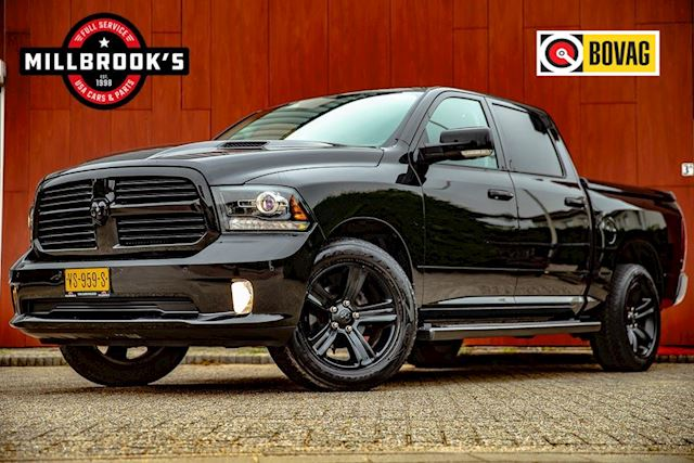 Dodge Ram 1500 5.7 V8 Crew Cab 5'7 Sport BLACK Edition lage fiscale waarden