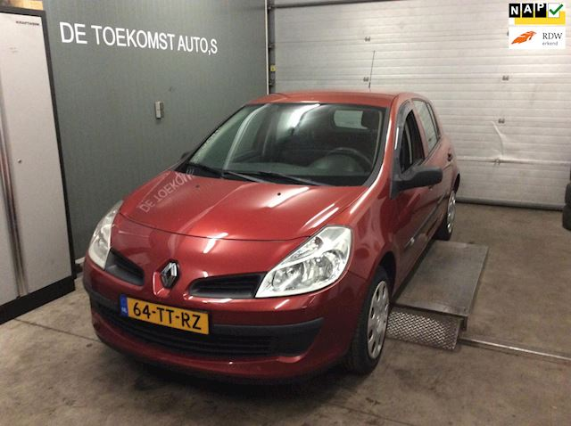Renault Clio 1.2-16V Authentique