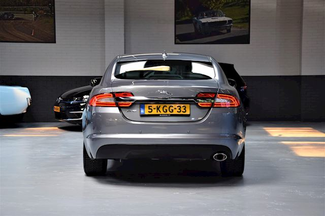 Jaguar XF 2.2D *Premium* Business Edition |Leder|Led|Org.NL|2e Eig.|Navi