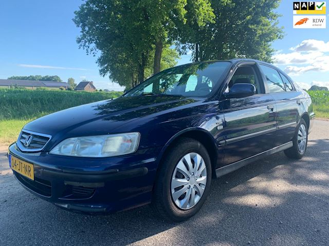 Honda Accord 1.8i S / 88.000 km nap