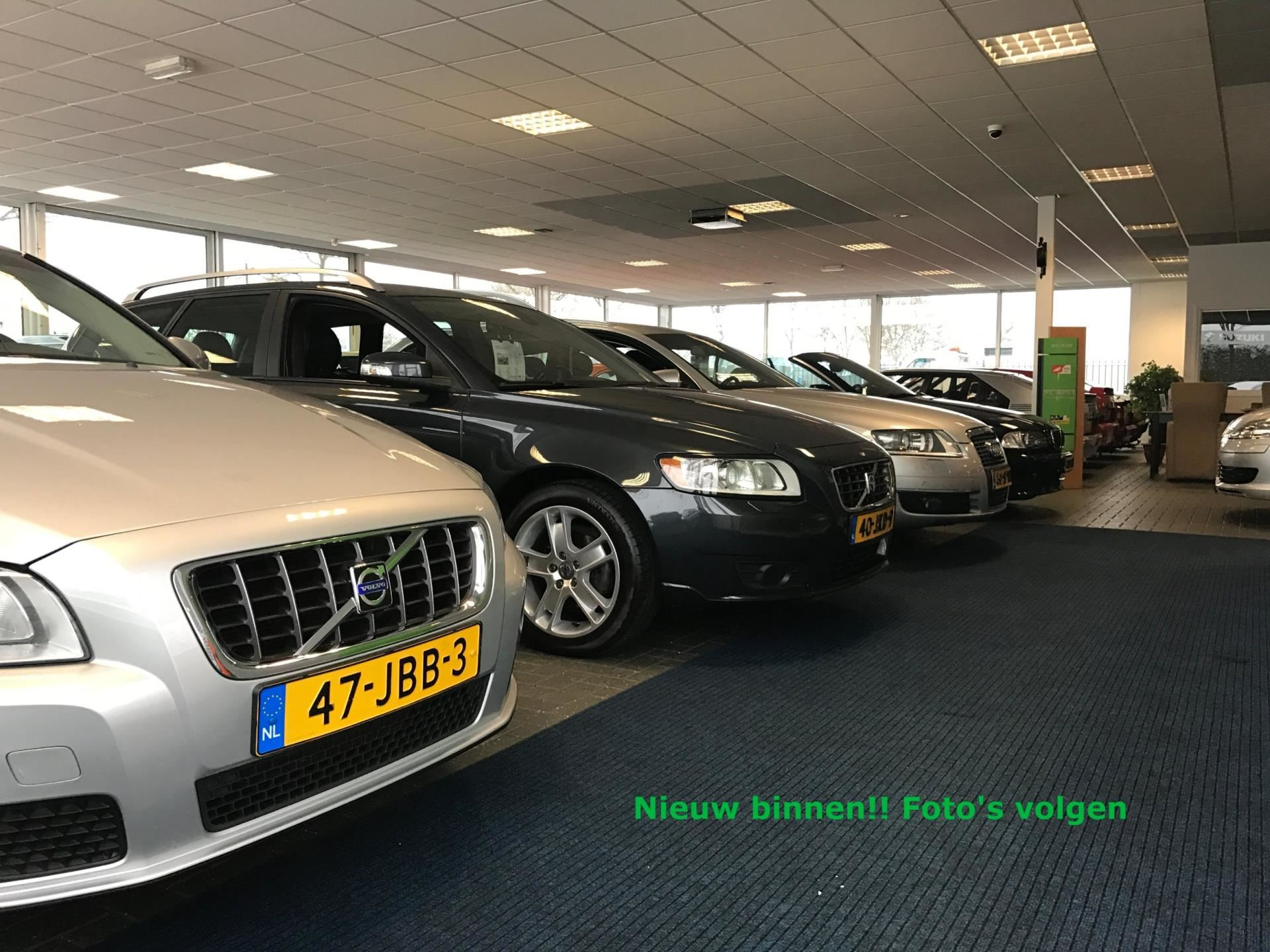 Volvo V70 Cross Country occasion - RC Auto's Hoogeveen