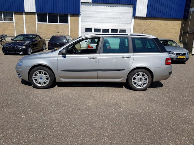 Fiat Stilo Multi Wagon 1.8-16V Dynamic