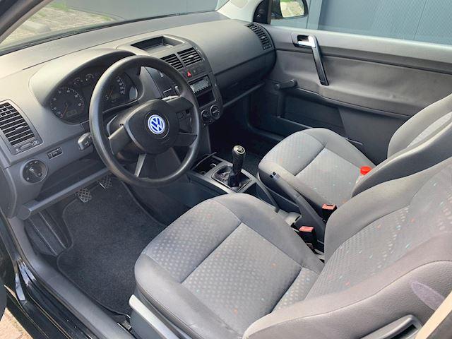 Volkswagen Polo 1.2-12V NETTE AUTO, AIRCO, RIJDT GOED.