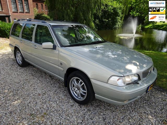 Volvo V70 2.4 T AWD Nordic YOUNGTIMER automaat/AIRCO/cruise *apk:01-2020*