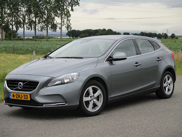 Volvo V40 2.0 D4 Summum Business ECC/Navi/PDC/6bak/Trekhaak
