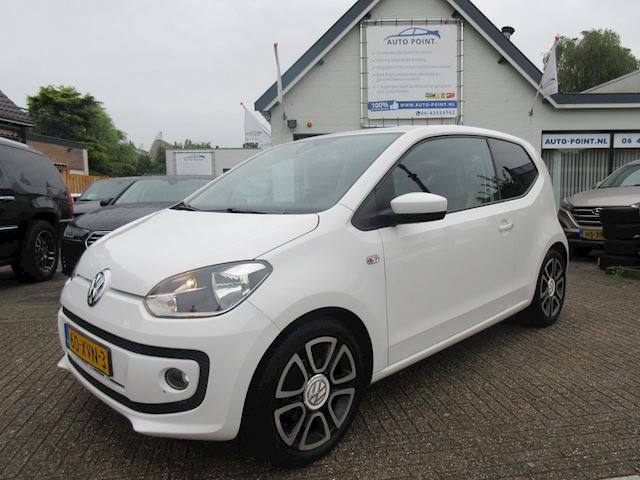 Volkswagen Up! 1.0 high up! BlueMotion airco/navi/sportvelgen/pdc/69900km?