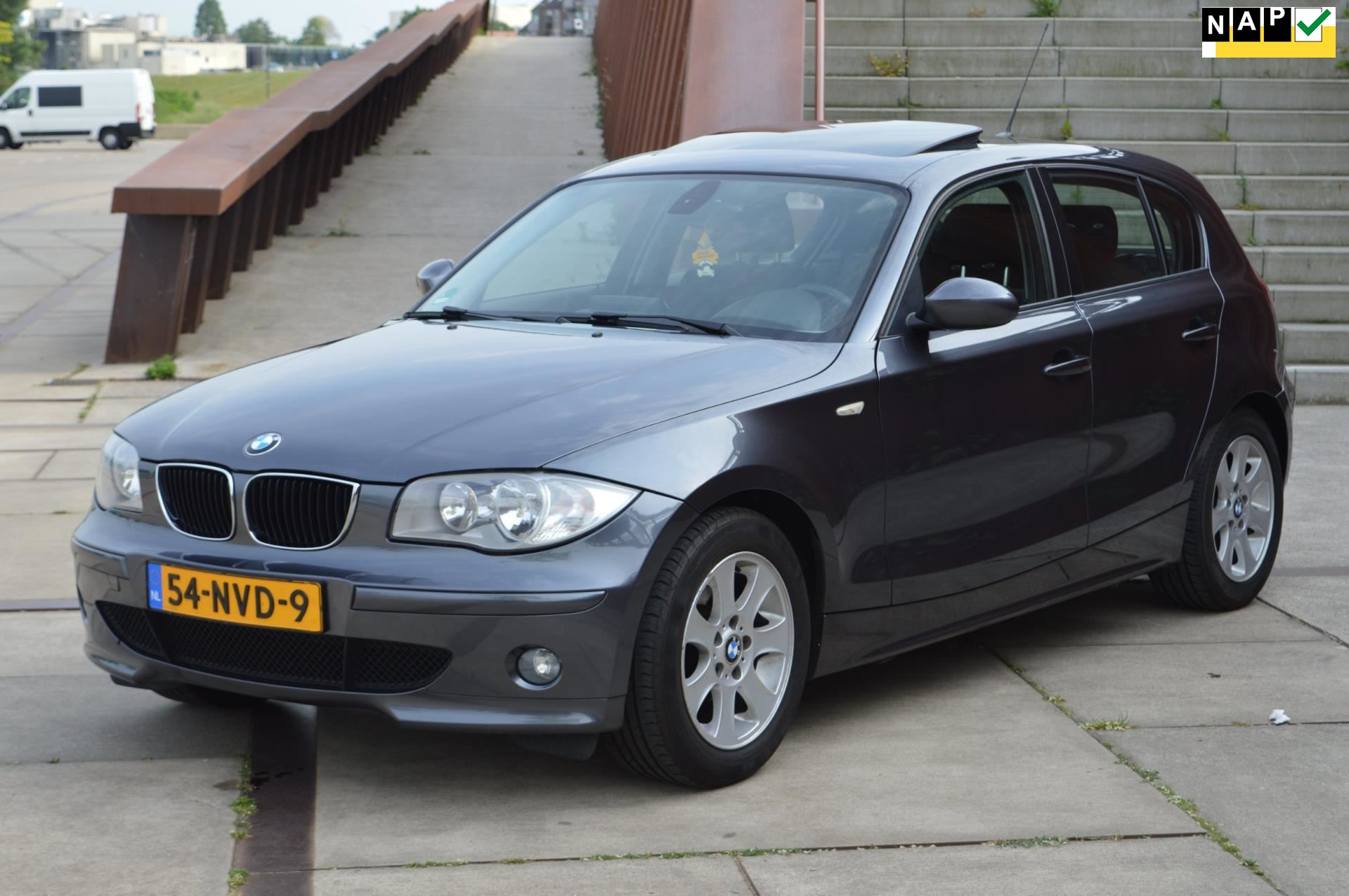 BMW 1-serie occasion - Dealer Outlet Cuijk b.v.