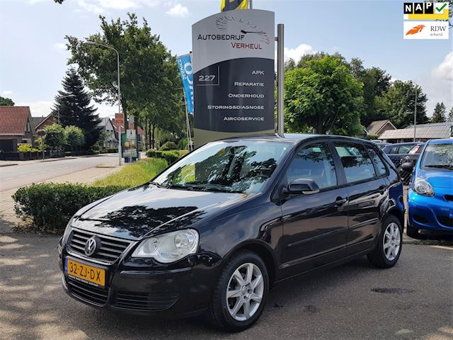 Volkswagen Polo 1.4-16V Optive 5 Drs Airco Nap Boekjes Dealerauto