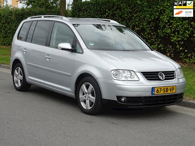 Volkswagen Touran 2.0 TDI Highline airco, automaat