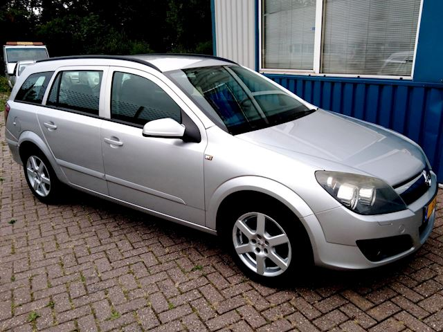 Opel Astra Wagon 1.6 Essentia Airco/Navigatie/Cruise Controle/NAP/BC/Nieuwstaat