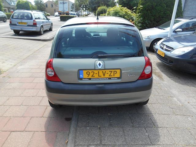Renault Clio 1.4-16V Expression Automaat