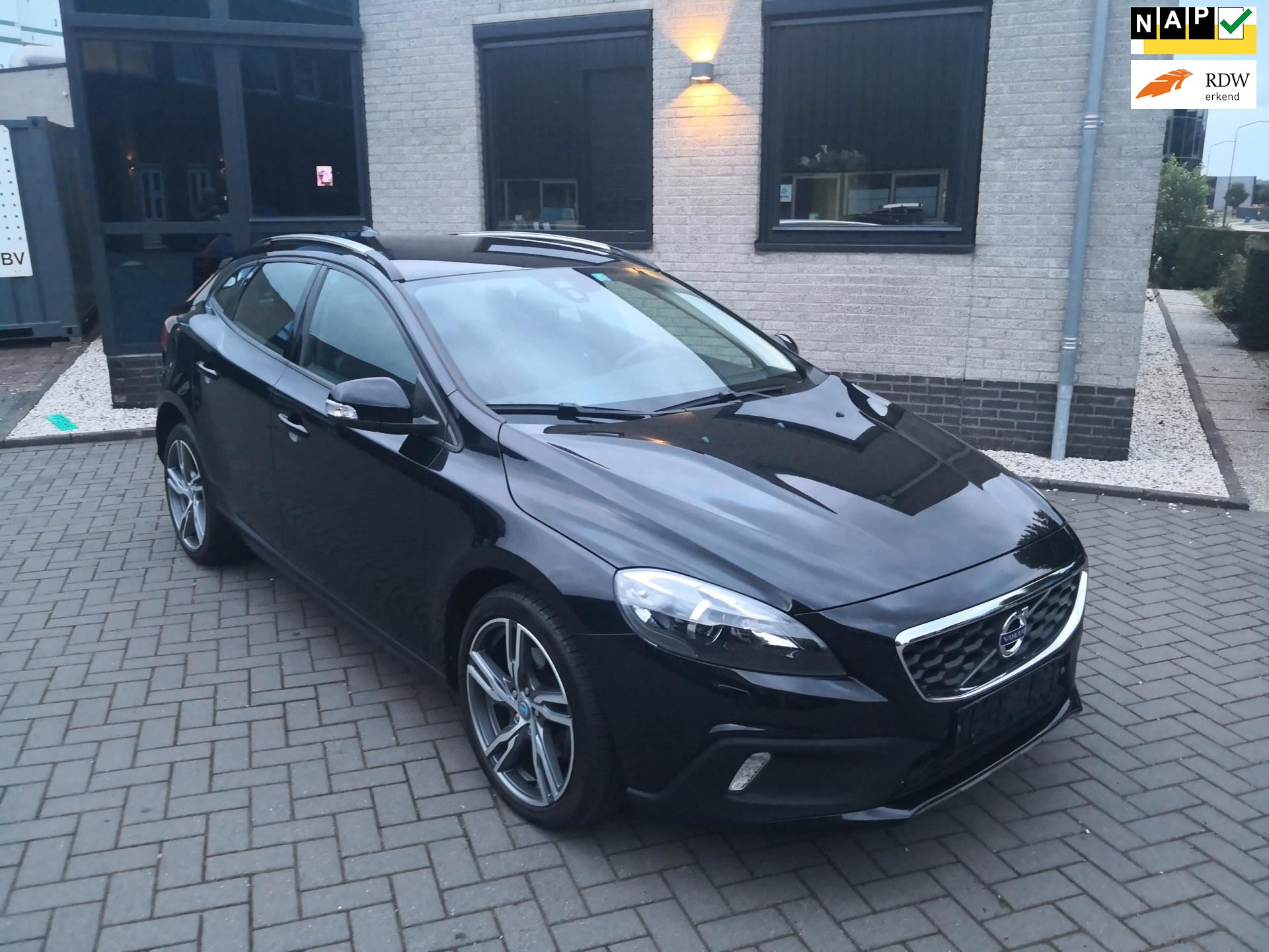 Volvo V40 Cross Country occasion - Polarcars B.V