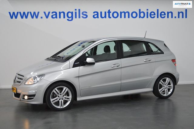 Mercedes-Benz B-klasse 160 BlueEFFICIENCY pdc, xenon, navi, 1/2 leer