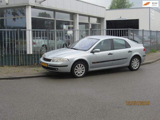 Renault Laguna 1.6-16V Authentique 162541km,cruisecontrole,airco
