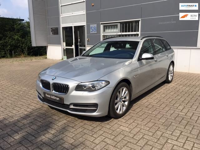 BMW 5-serie Touring 520xd Business