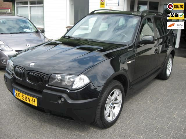 BMW X3 3.0d Executive Aut./Panoramadak