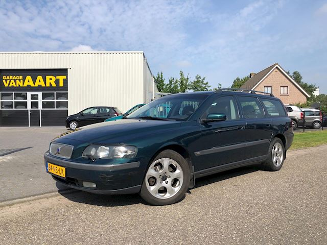 Volvo V70 2.4 D5 Edition II /YOUNG TIMER/
