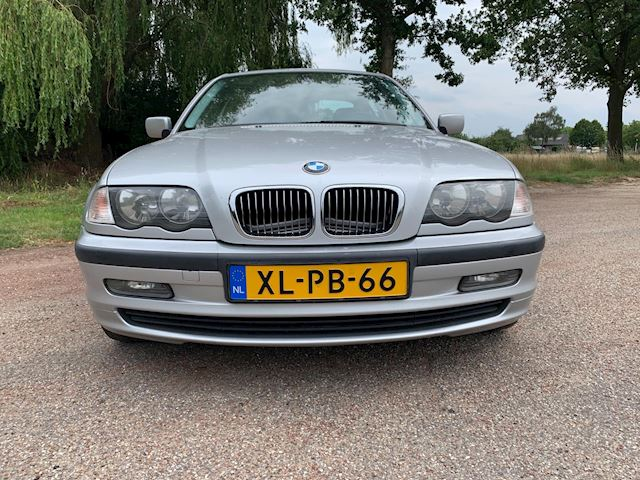 BMW 3-serie 320i Executive , clima, cruise, pdc, izgst.